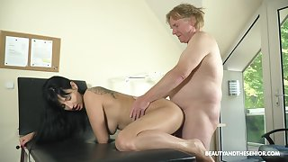 pounding time since her last 69 and she now wants to swallow
