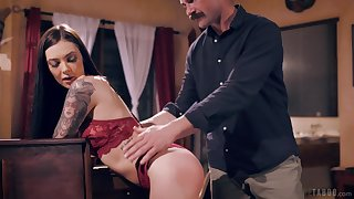 Brunette plays destroyed for her man's endless dick